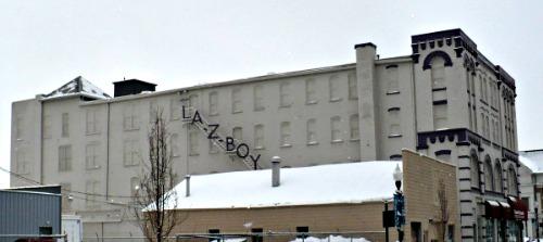 LA Z BOY Sign