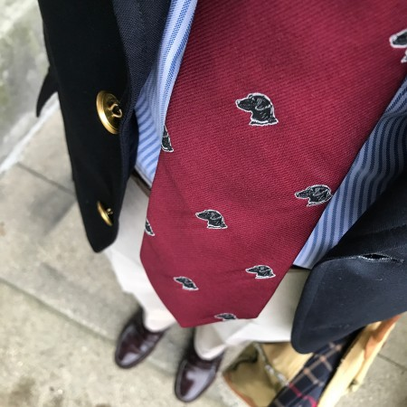 Dog emblematic tie